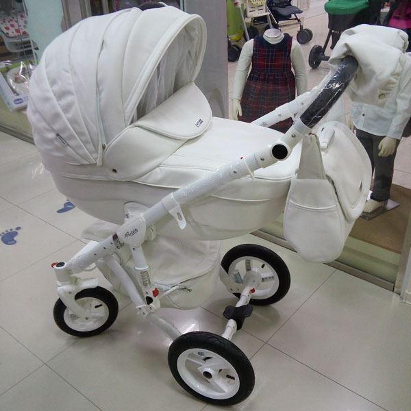 фото коляски адамекс в магазине Вундеркинд в Новороссийске
